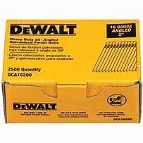 DeWalt sztyfty galwanizowane do DCN660(16GA) 1,6X50mm kąt 20'-2,5 tys