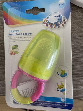 Feeder do podawania pokarmów niemowlętom silikonowy canpol