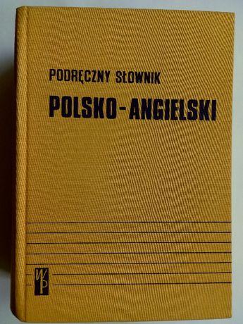Podręczny słownik Polsko – Angielski.