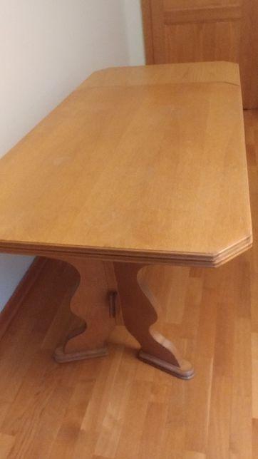 Komplet mebli drewnianych stół rozkładany, komoda, siedzisko, gazetnik