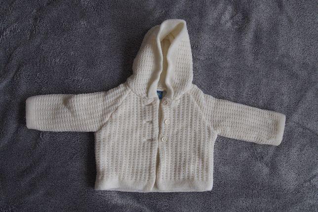 zimowy biały sweterek bardzo ciepły może być na chrzest