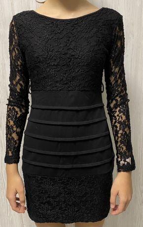 Платье кружевное черное 44 размера в хорошем состоянии