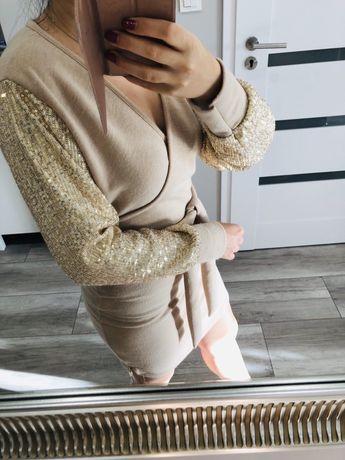 Beżowa sweterkowa sukienka złote cekiny