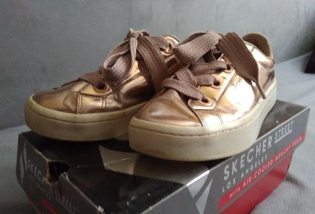 Кеды , кроссовки,туфли для девочки