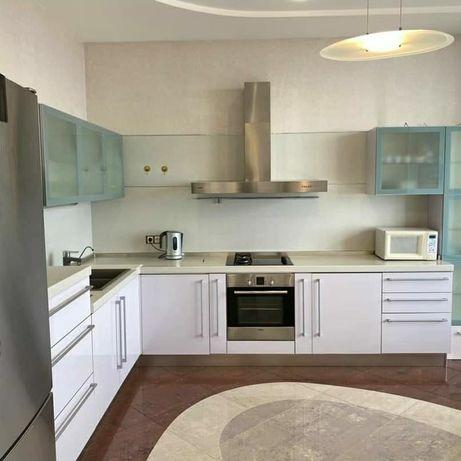 Кирпичный переулок приморский район продам квартиру