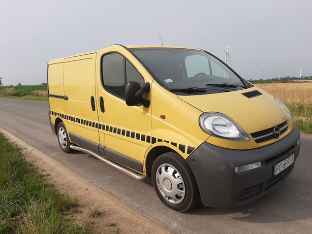 Opel vivaro Trafic   2005 rok, hak, ładny sprawny polecam