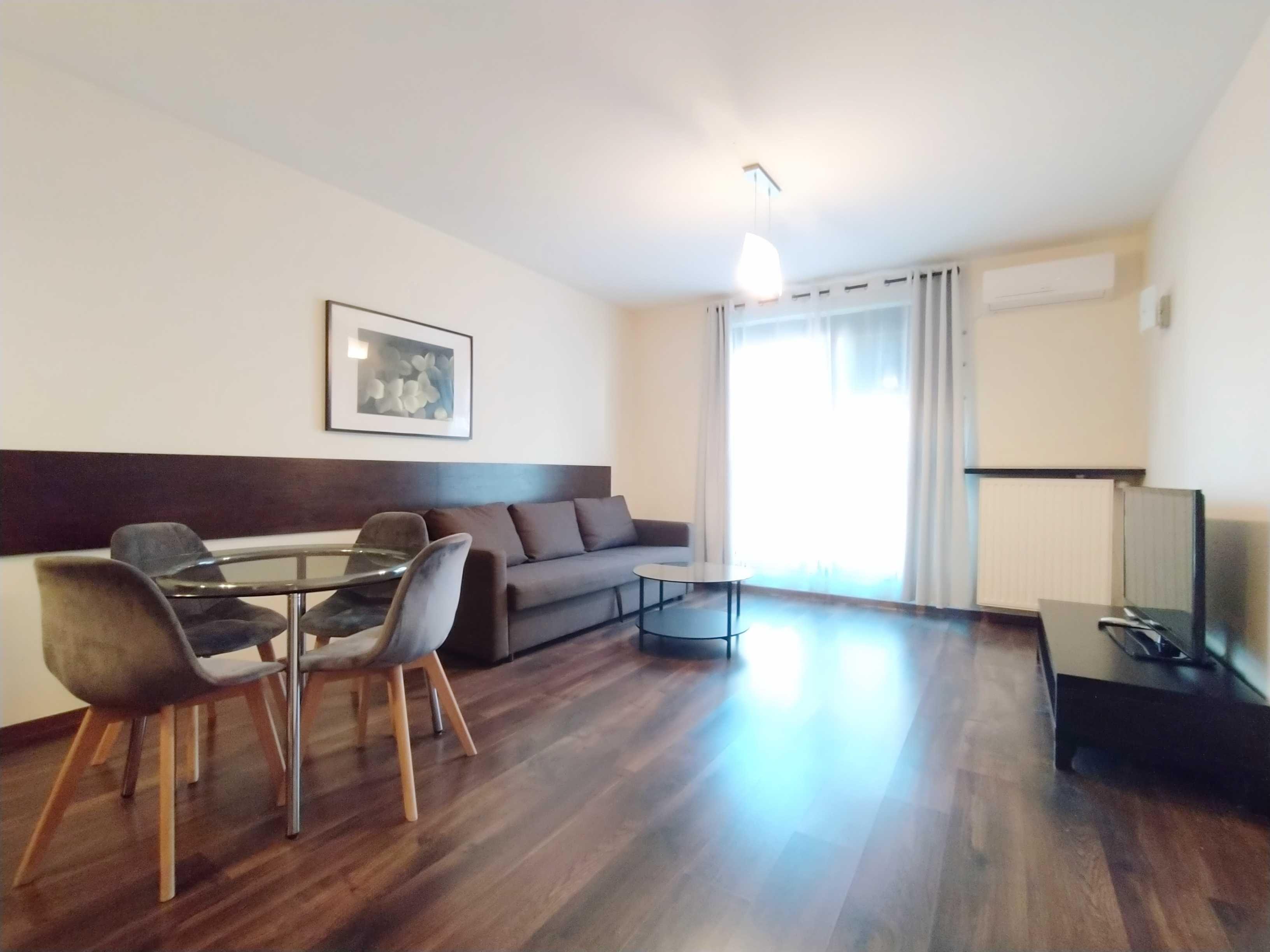 Atrakcyjny dwupokojowy apartament w samym centrum -Angel City AC004