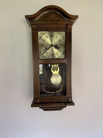 Zegar ścienny wiszący