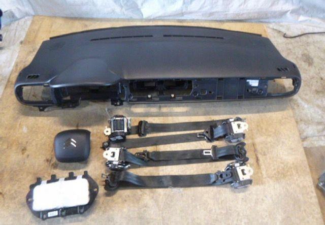 Citroen C3 3 tablier airbags cintos