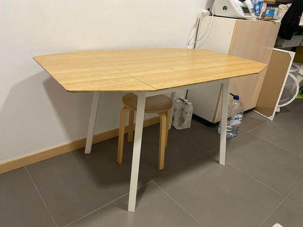 Mesa IKEA PS2 2012