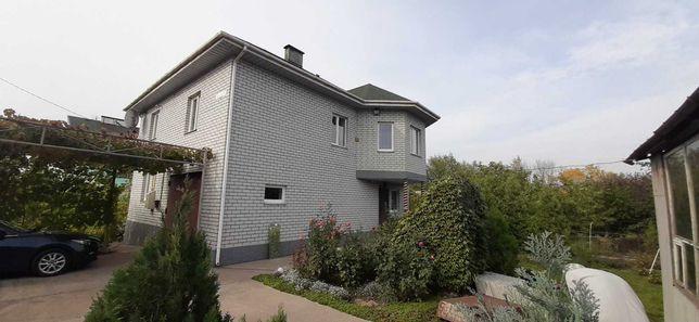 Продается уютный 2эт дом. в элитном поселке цементников.