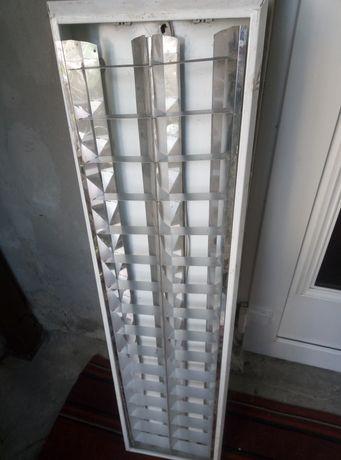 Два светильника  растровых накладных потолочных. .