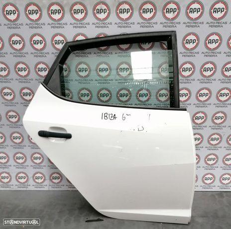 Porta Seat Ibiza 6J traseira direita.
