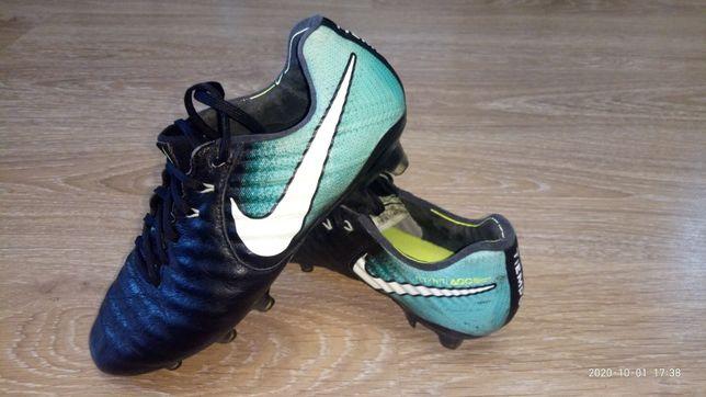 Бутсы Nike Tiempo р.38