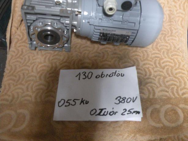 Motoreduktor przekładnia slimakowa maszynka  mięsa 130 obr 055 kw 380