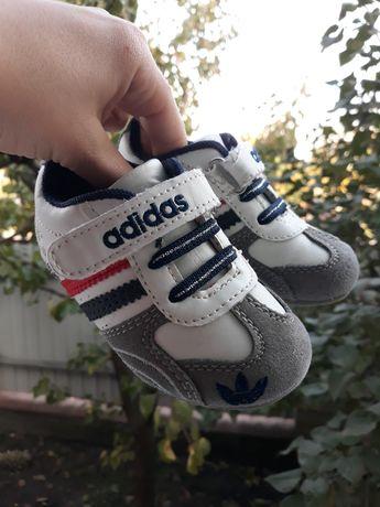 Кроссовки кеды слипоны 22 размер Adidas 13 14 см