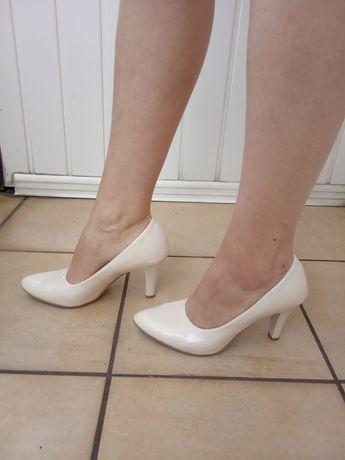 Buty na obcasie szpilki 40 kremowe jak nowe