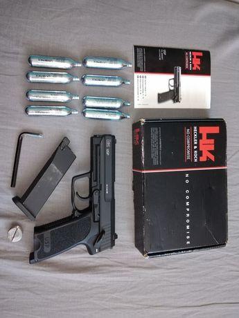 HK USP Blow back co2 6mm UMAREX HECKLER KOCH ZESTAW 8 kapsuł pudełko