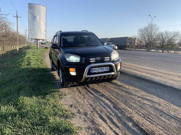 Toyota RAV4 Своя