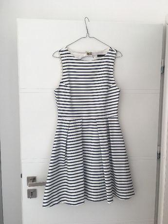Sukienka z odkrytymi plecami z ZARY