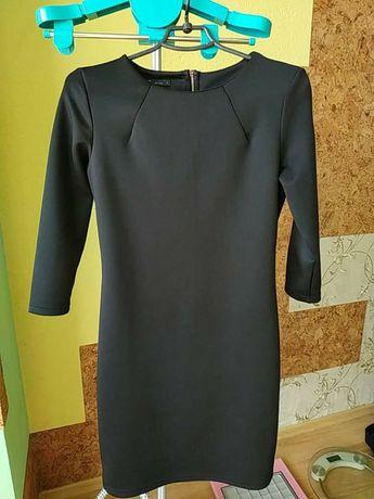 Плаття жіноче 42 розмір oogji