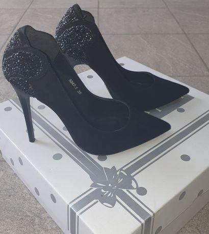 Замшевые туфли 35р.