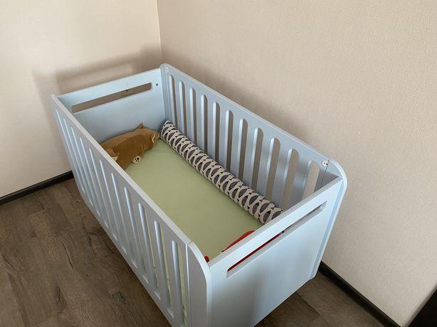 Детская кроватка для новорождённого бренда IndigoWood