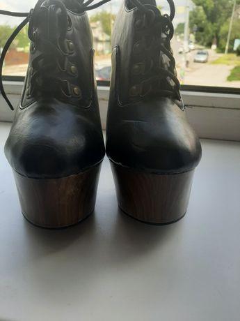 Взуття, Стріпи для Pole Dence