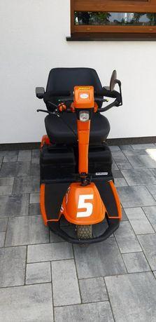 Elektryczny skuter inwalidzki