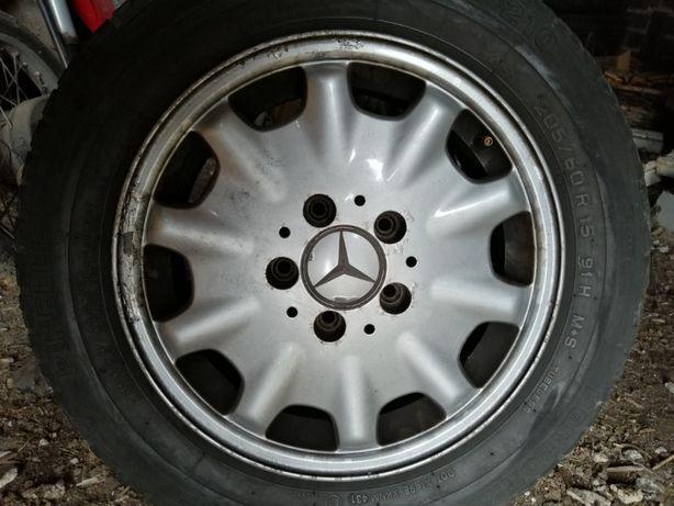 """Felgi 15"""" 1x112 dobry stan z oponami Mercedes W210 komplet"""