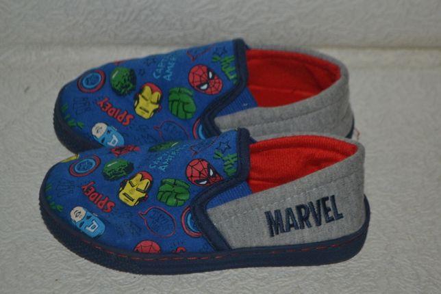 новые тапки тапочки Marvel 17.5 см 27 размер Англия