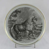 Prato grande Porcelana Vista Alegre com decoração de Cavalo