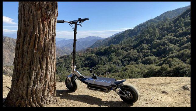 Hyperscooter electrica fabricada na América em Los Angeles