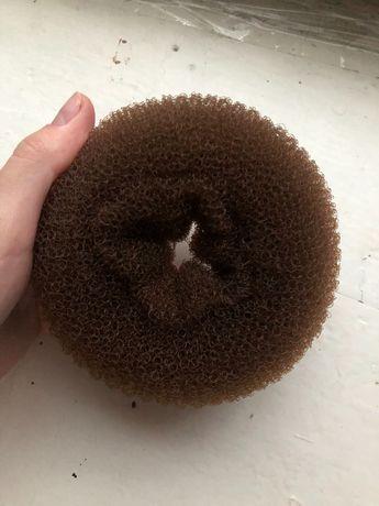 Резинка- бублик для волос коричневый, валик для прически, губка
