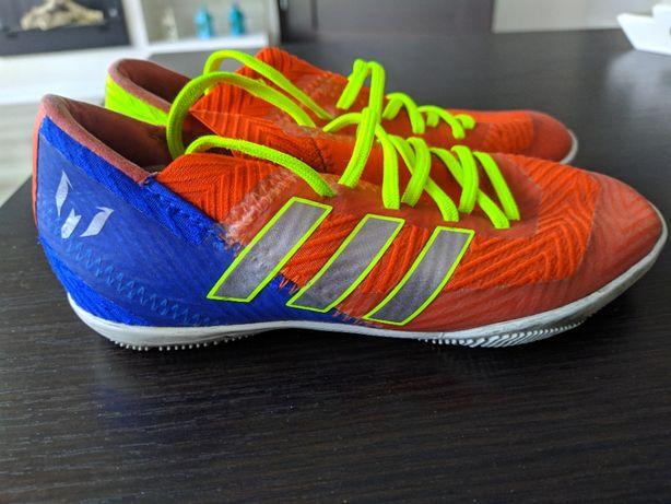 Buty piłkarskie dla dziecka, halówki, korki, roz. 29,5 , 31 , 33
