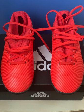 Продам детские футбольные бутсы adidas