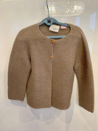 Piękny sweter Zara dla dziewczynki karmelowy