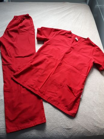 Mundury bluzy sukienki medyczne 38