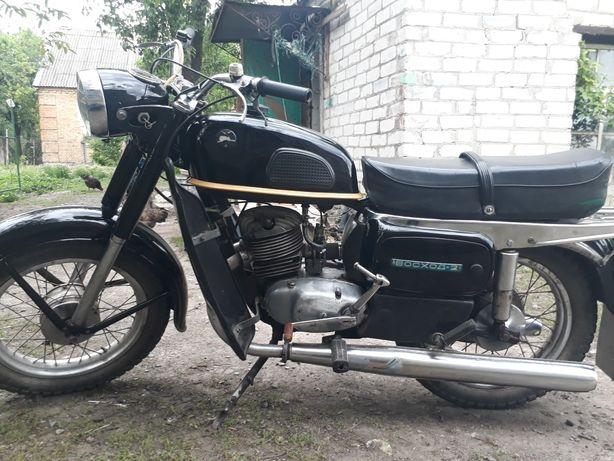 Продам мотоцикл восход 2