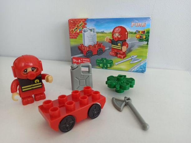 Пожарник, пожарная машина, конструктор под лего дупло