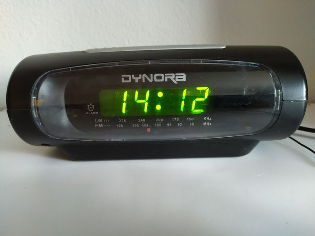 Radio zegar z budzikiem.