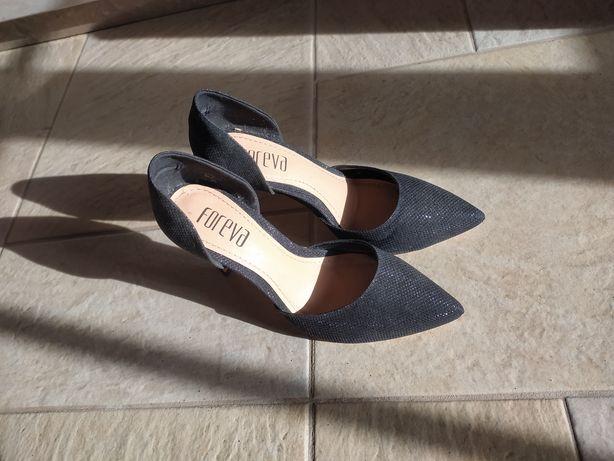 Sapatos 35 Foreva nunca usados