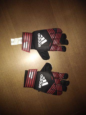 Sprzedam rękawice bramkarskie Manuel Neuer angielski rozmiar 7