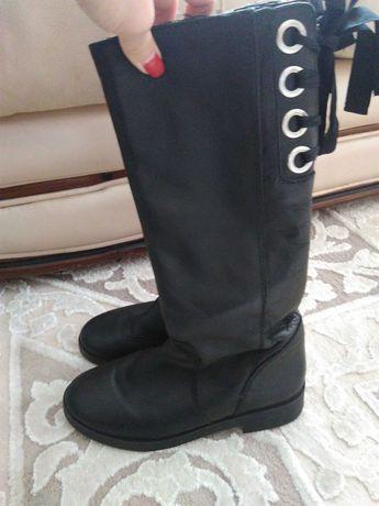Zara чоботи шкіра