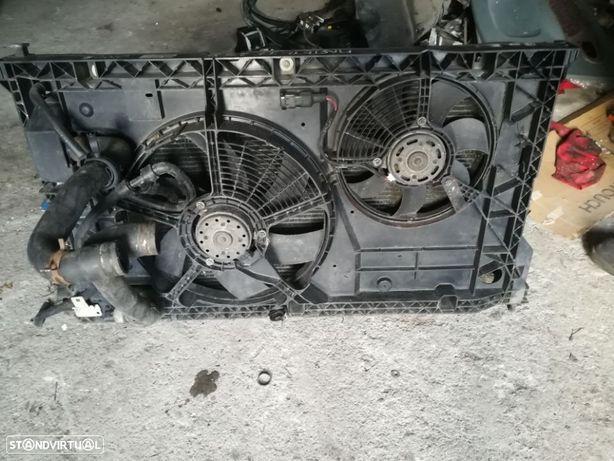 Radiador e termoventilador Renault Master II 2.5D 2002