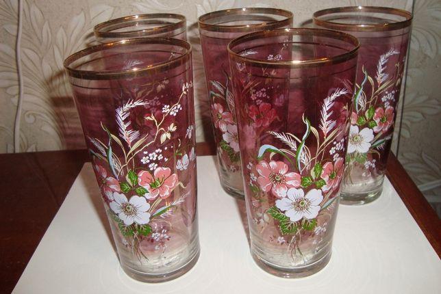 Набор стеклянных стаканов для сока, коктейлей
