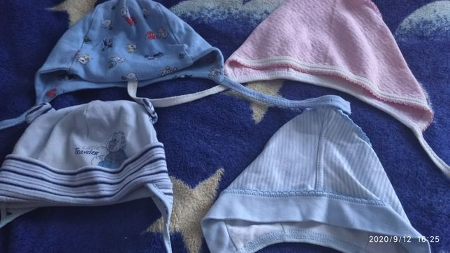 Шапочка шапка для малышей от 1-4 месяцев Цена за все!