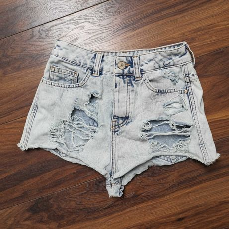 Krótkie spodenki Berska jeansowe szarpane sexi XS wysoki stan