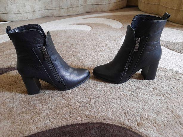 Кожаные ботинки, ботильйоны, полусапожки 38 размер
