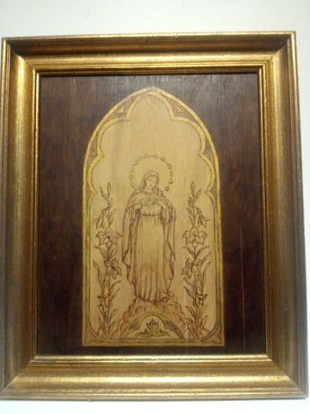 lindo antigo quadro em madeira-pirografia-imagem da Nossa Senhora